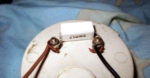 Как подключить амперметр к зарядному устройству