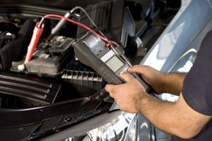 Как подзарядить необслуживаемый аккумулятор автомобиля зарядным устройством