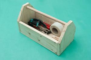 Как сделать чемодан для инструмента самому